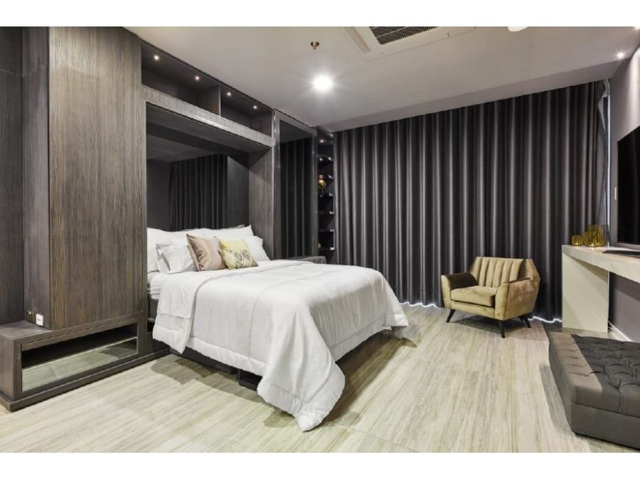 luxury suite short term license in parque lleras