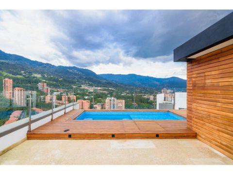luxurious penthouse wjacuzzi in el poblado