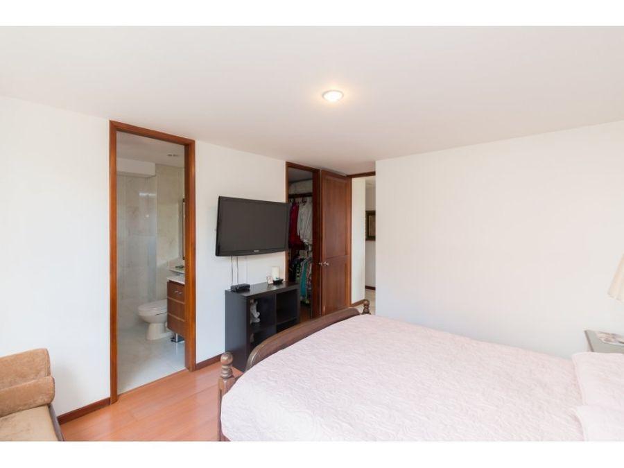 comfortable apartment near el tesoro mall