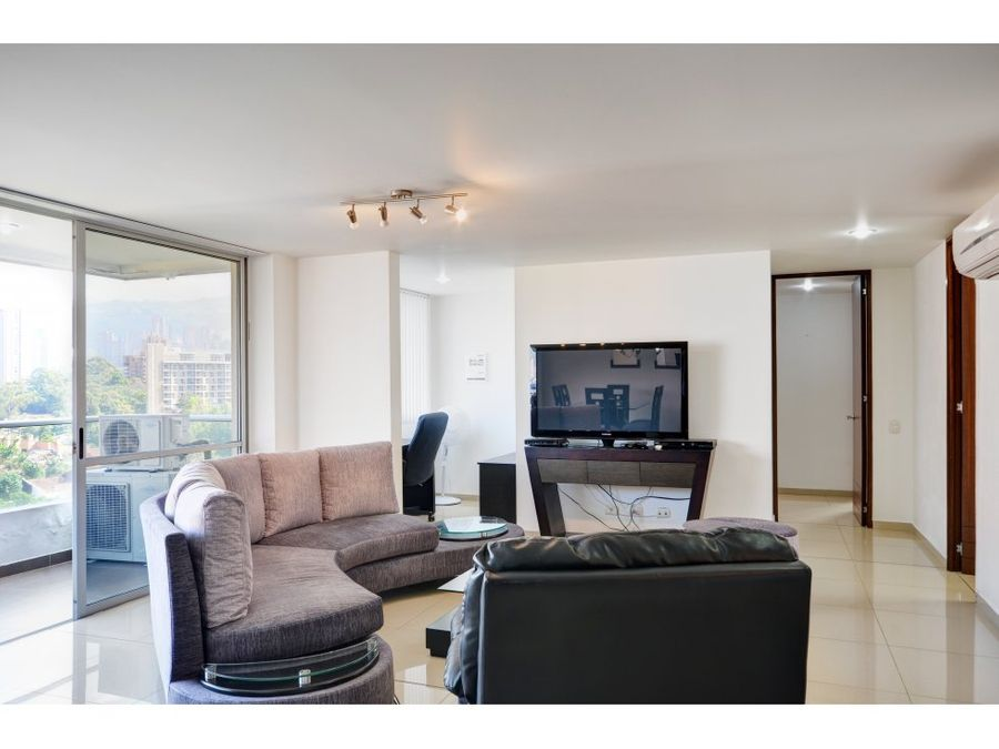 classic apartment near santafe mall with gorgeous city views