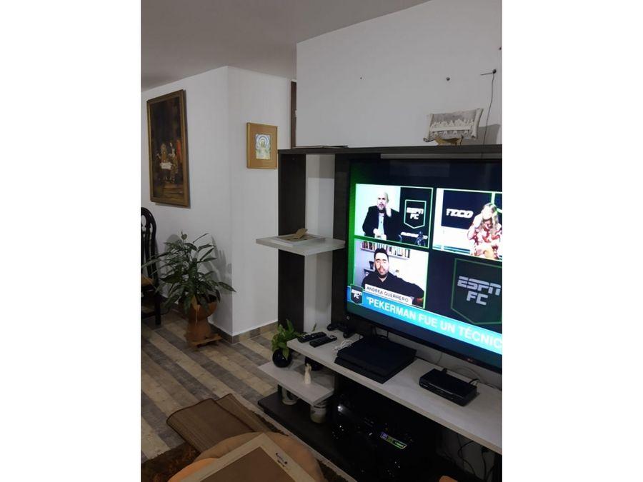 apartamento muy bonito y amplio en bello
