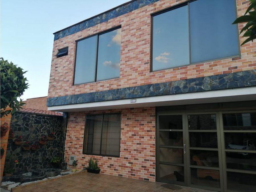 casa unifamiliar en venta en la estrella