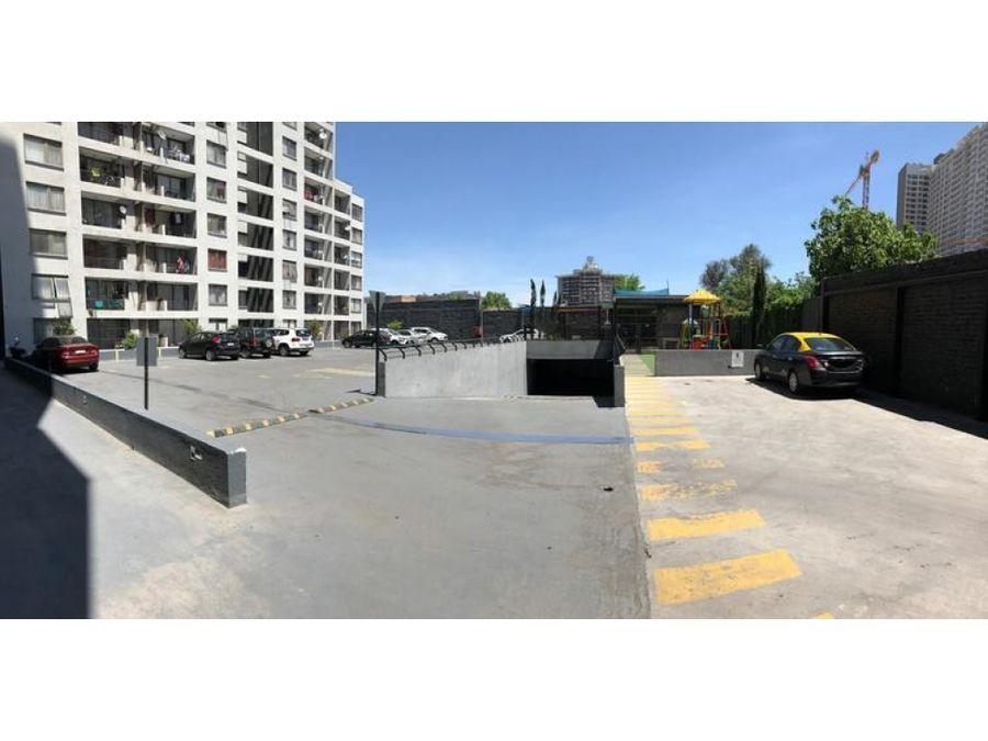 se arrienda propiedad ubicada en avenida ecuador estacion central