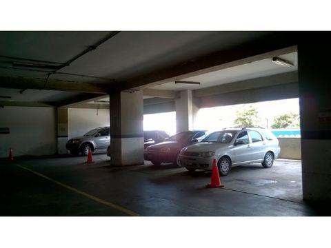 vendo estacionamiento en chacao