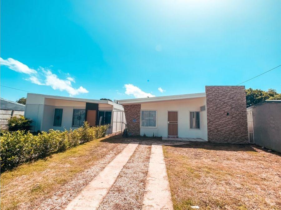 casa en liberia recien construida
