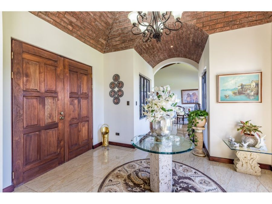venta de casa las vistas la guacima alajuela