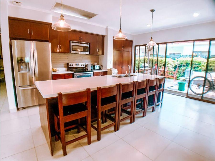 casa en venta en condominio casa blanca