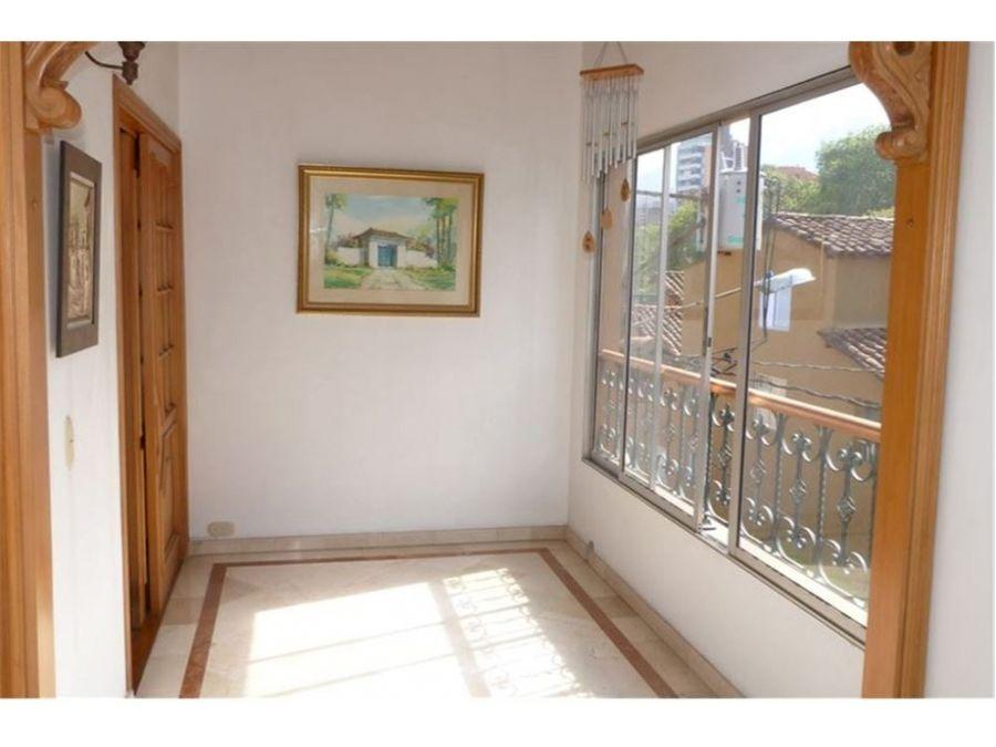 casa en venta en envigado pontevedra