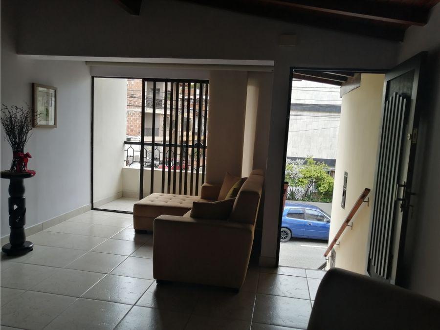 venta casa alcala parte baja envigado piso 2