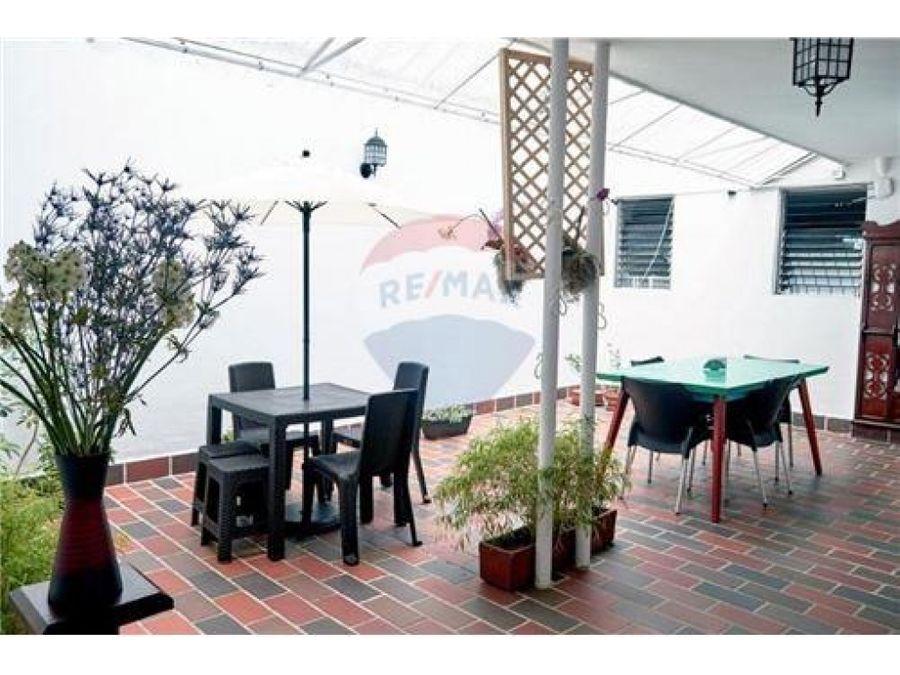 casa hostal en venta barrio estadio medellin