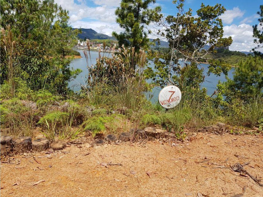 lote en venta en guatape sector tierra prometida