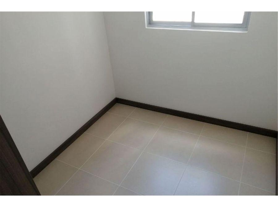 venta apartamento en sierra morena en la estrella