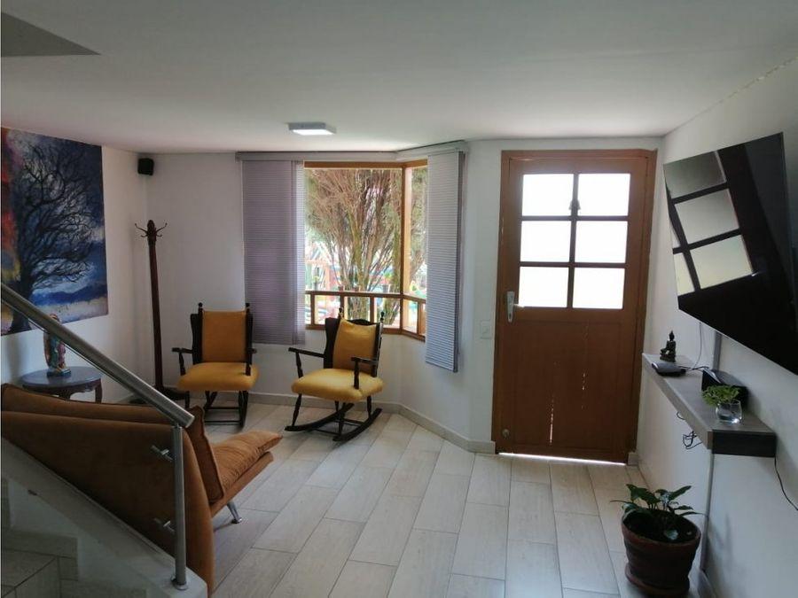venta casa unifamiliar en unidad calasanz