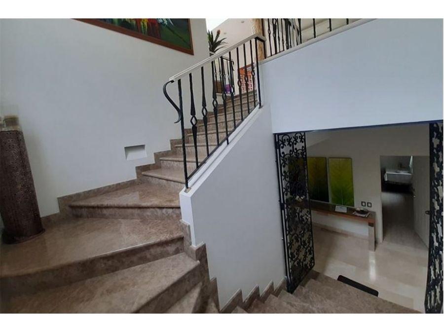 casa en venta poblado grande y moderna