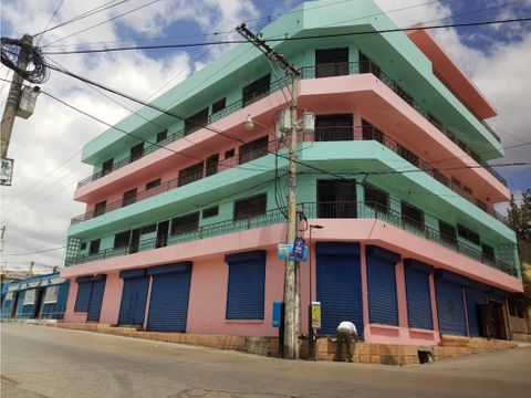 edificio de 5 niveles con parqueo en zona 6