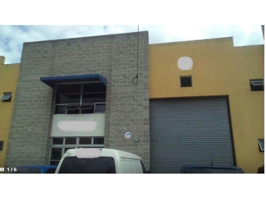 amplia ofibodega en villa nueva