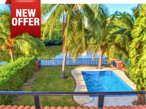house in hotel zone lagoon beach cancun