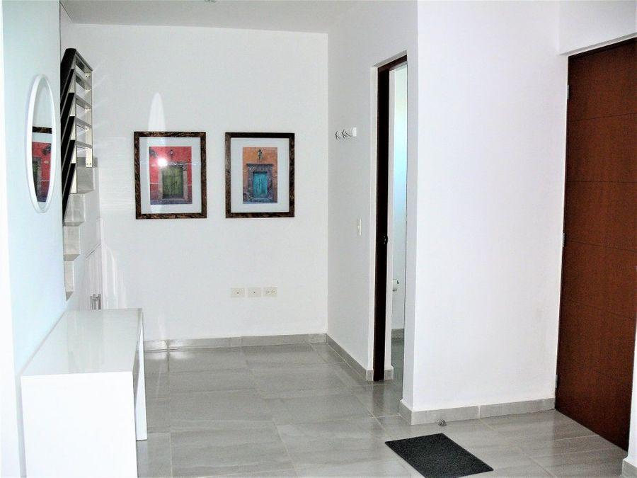 renta casa nueva amueblada av huayacan cancun