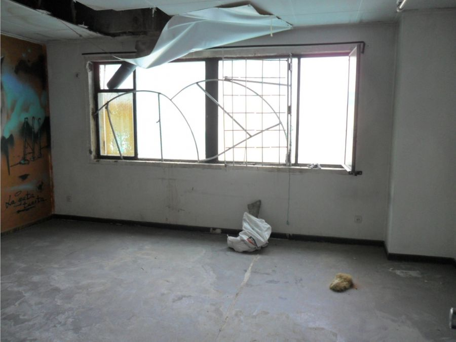 vendo edificio cambio de uso a vivienda en puente de vallecas m 148