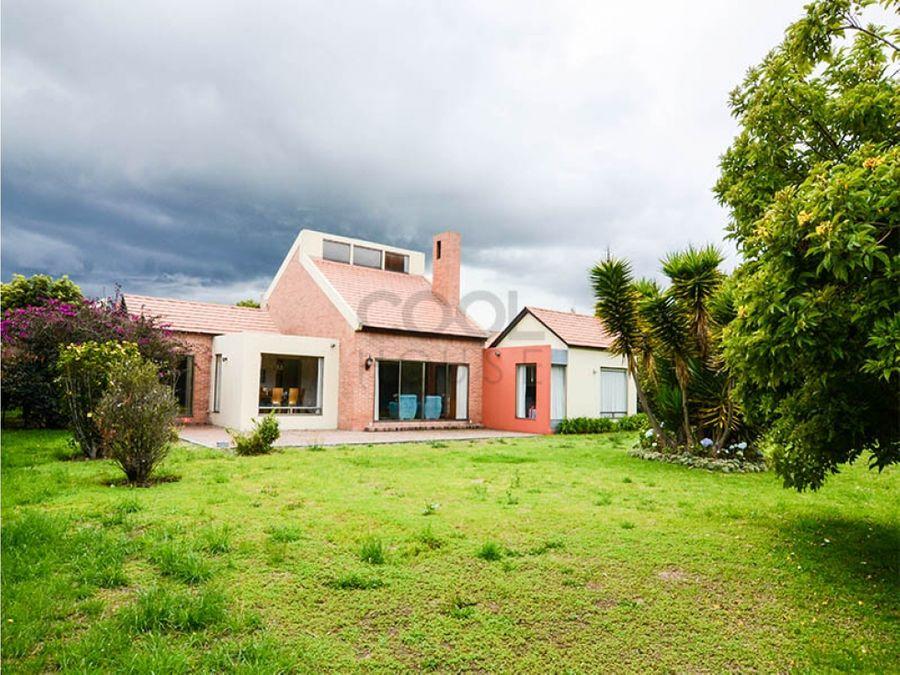 casa en venta en guaymaral