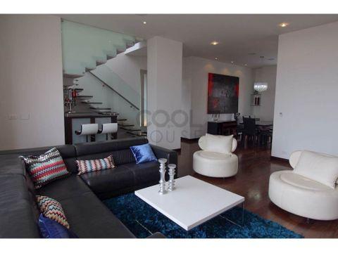 apartamento duplex en venta en emaus