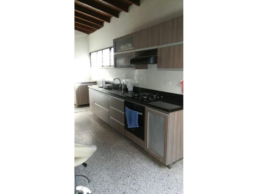venta de apartamento ph segundo piso la castellana medellin