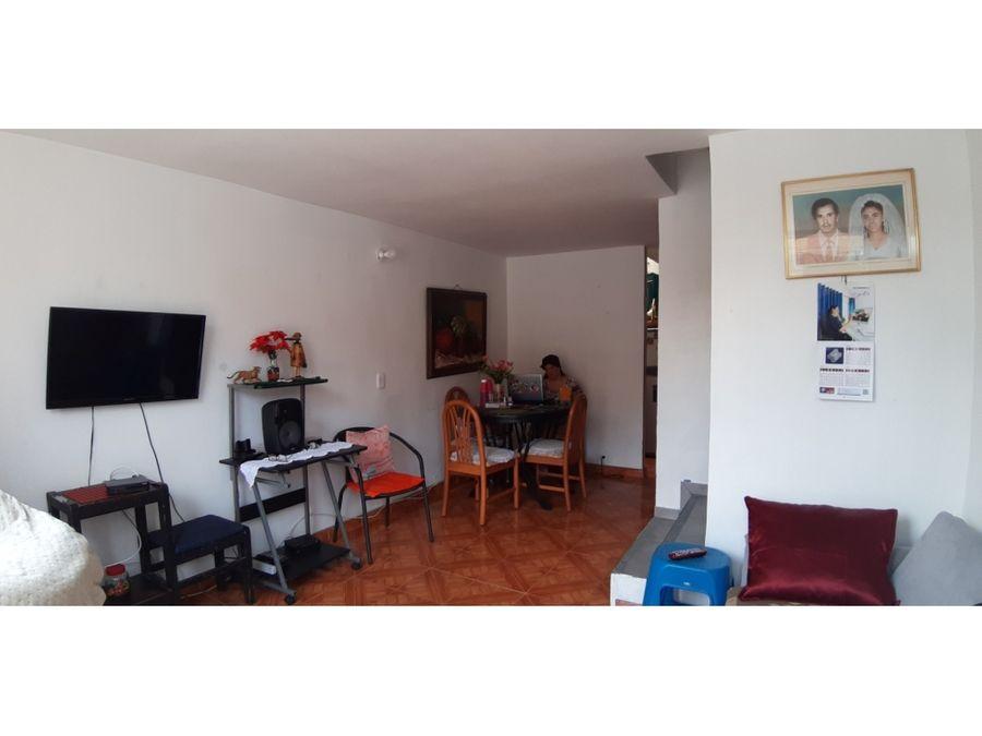 venta casa unifamiliar 3 niveles unidad cerrada la colina medellin
