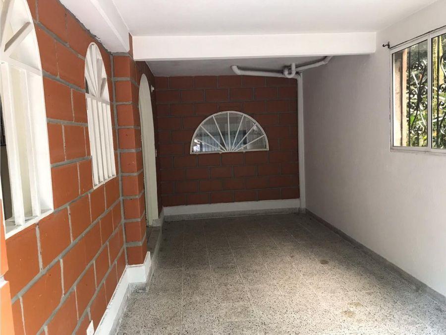 venta de casa unidad cerrada robledo palenque medellin