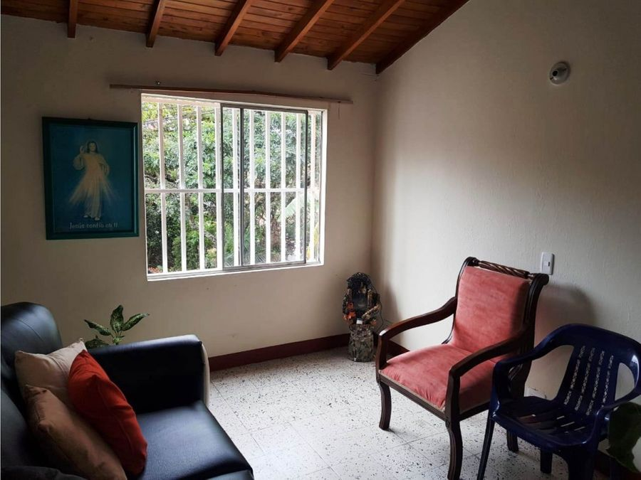 venta de casa bifamiliar piso 2 en robledo palenque medellin