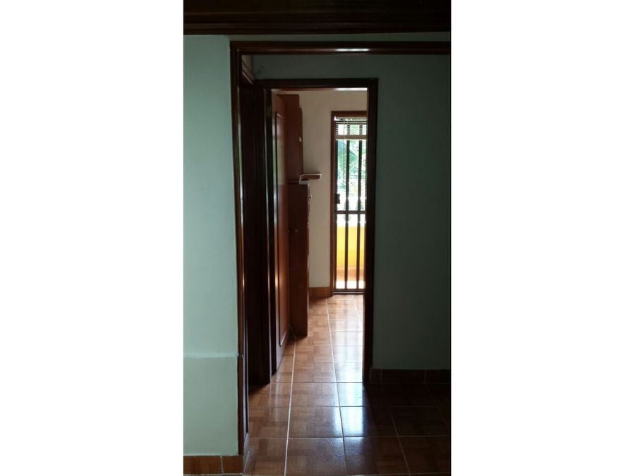 venta de casa unifamiliar de 4 niveles santa ana bello