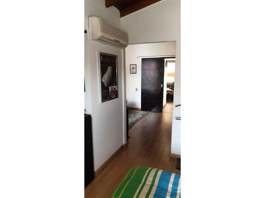 venta de casa de 2 niveles en unidad cerrada en la mota medellin