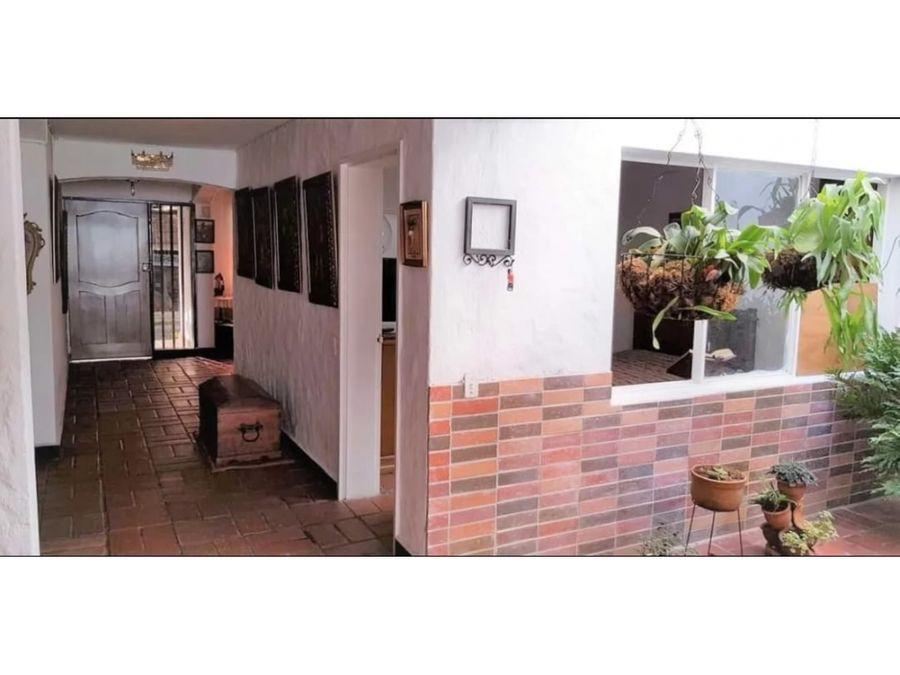 venta de casa piso 1 y 2 en conquistadores medellin