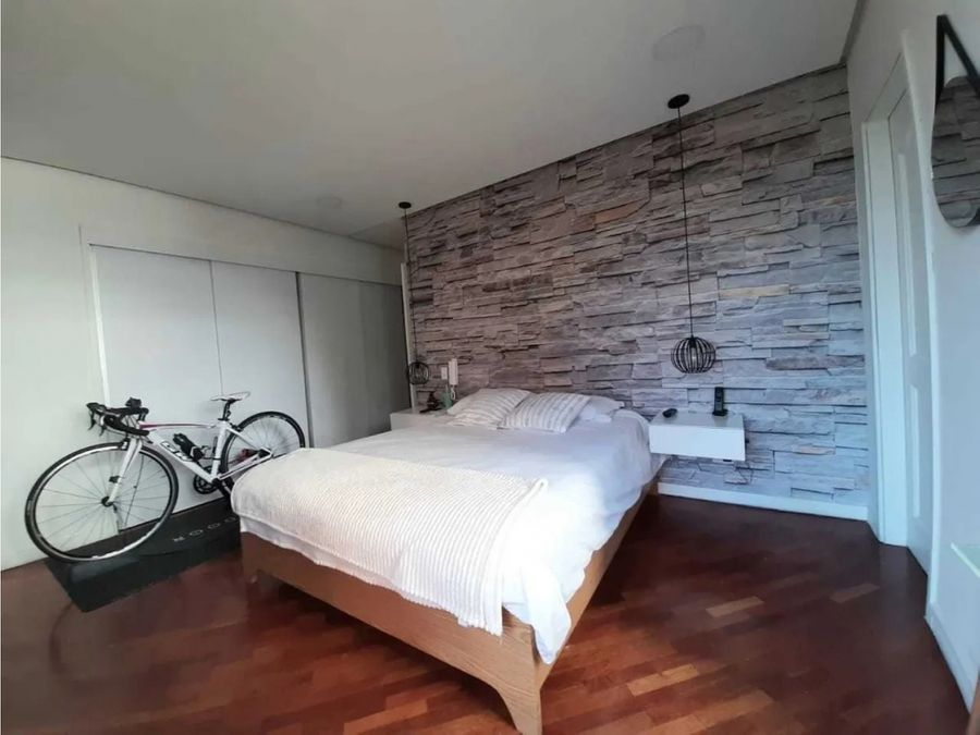 venta de apartamento remodelado en castropol poblado medellin