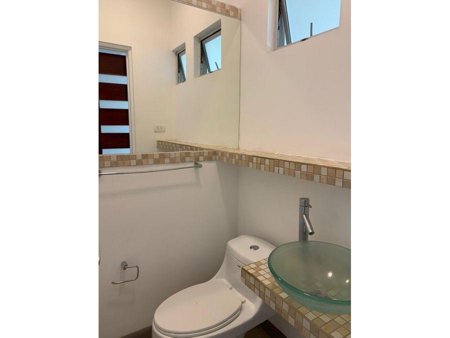 condominio en brasil de mora con tres dormitorios