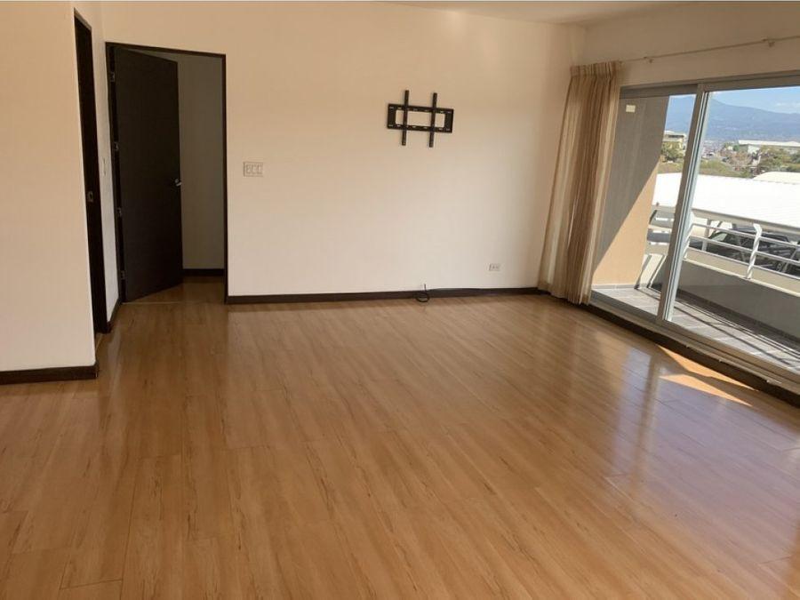apartamento amplio en sabana con 2 banos