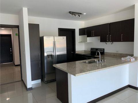 alquiler de apartamento linea blanca en vistas de altamonte guayabos