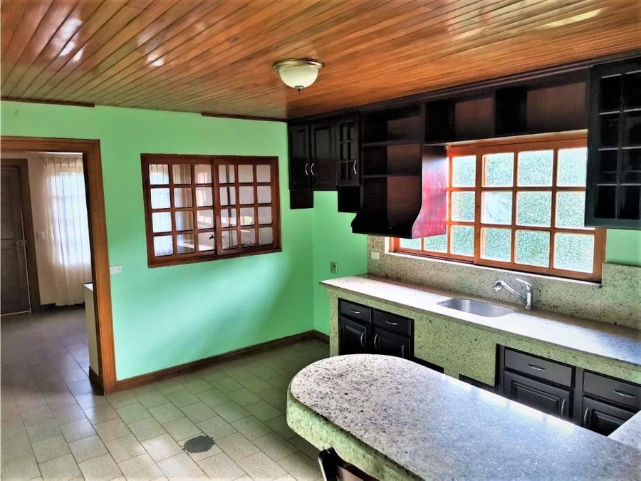 venta de casa y apartamento en residencial con excelente ubicacion