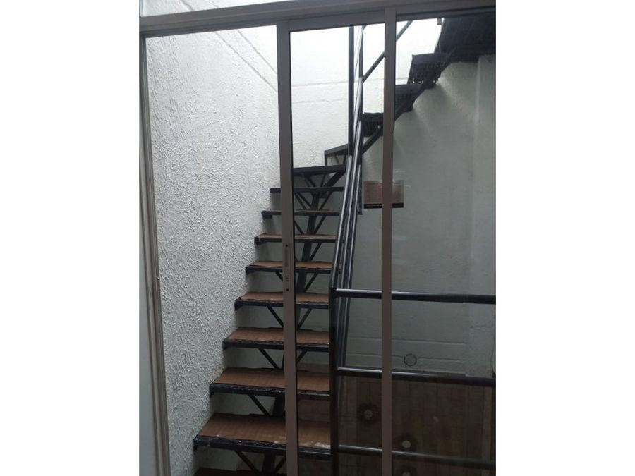 se vende casa en conjunto villas del mayor