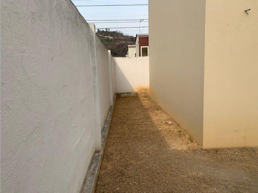 venta de casa urb villa italia bari via aurora