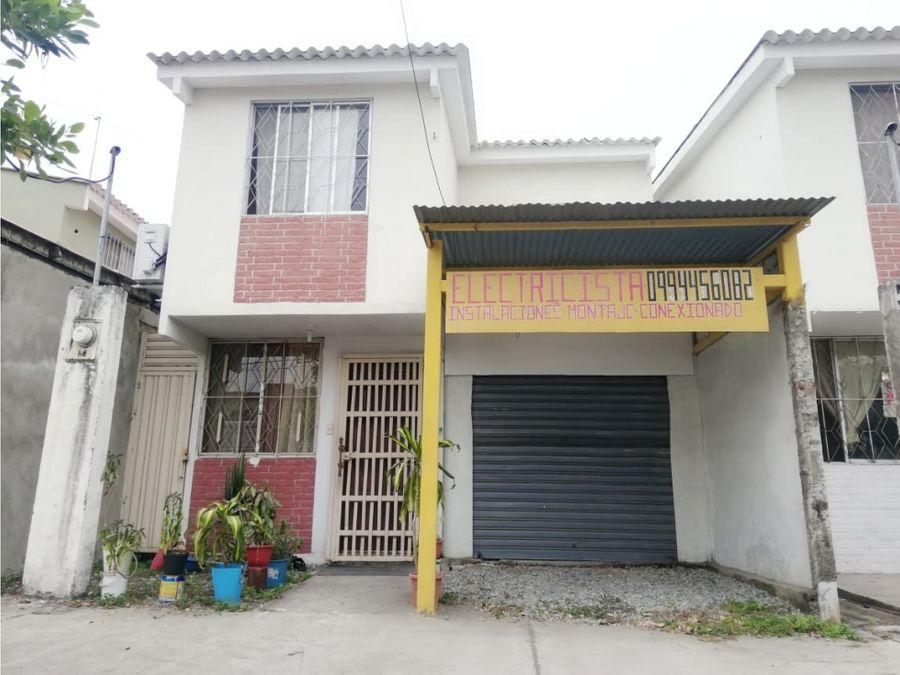 venta casa con local comercial plaza victoria norte de guayaquil