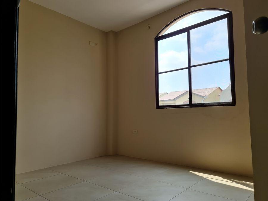 venta de casa en urb la rioja etapa bolonia