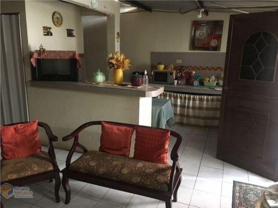 venta de casa rentera en cdla orquideas norte guayaquil