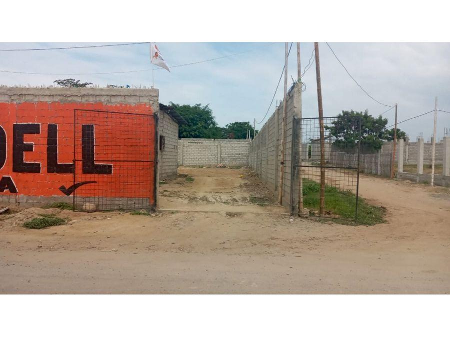 se vende 3 terrenos juntos y villa salinas provincia de santa elena