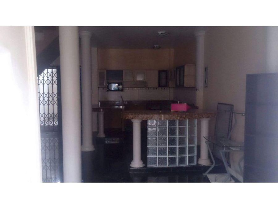 ca 033 venta de casa en cdla los vergeles norte de guayaquil