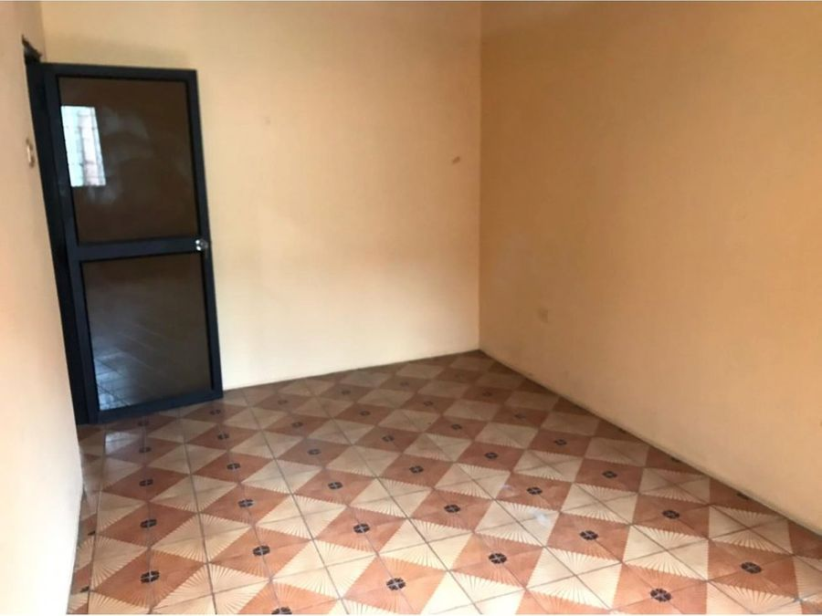 venta de casa rentera ubicada en la calle capitan najera y la 33 ava