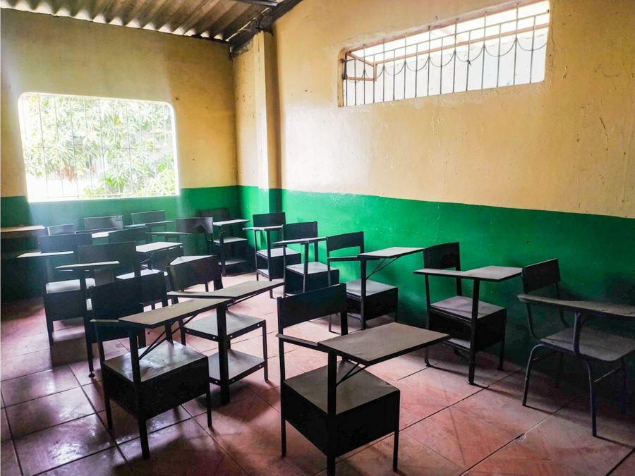 se vende escuela floresta 2 sur de guayaquil