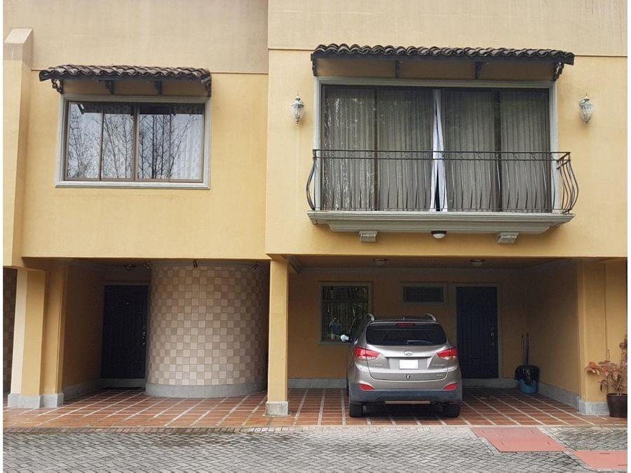 venta de casa en condominio en freses de curridabat