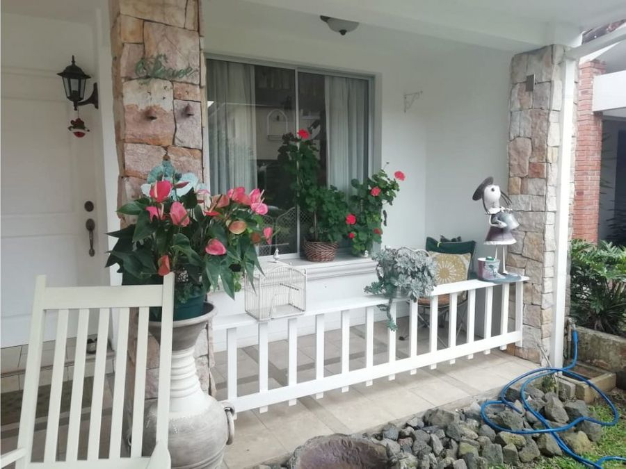 venta de casa de una planta en condominio en curridabat