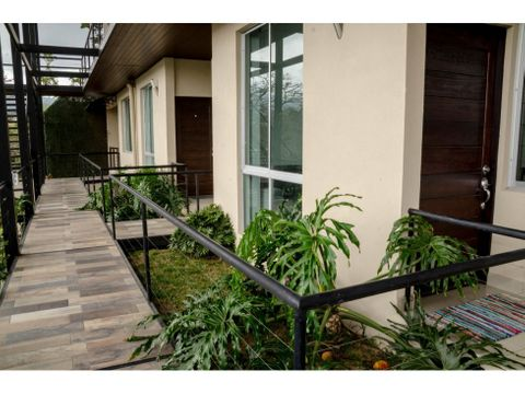 alquiler apartamento en condominio en goicoechea