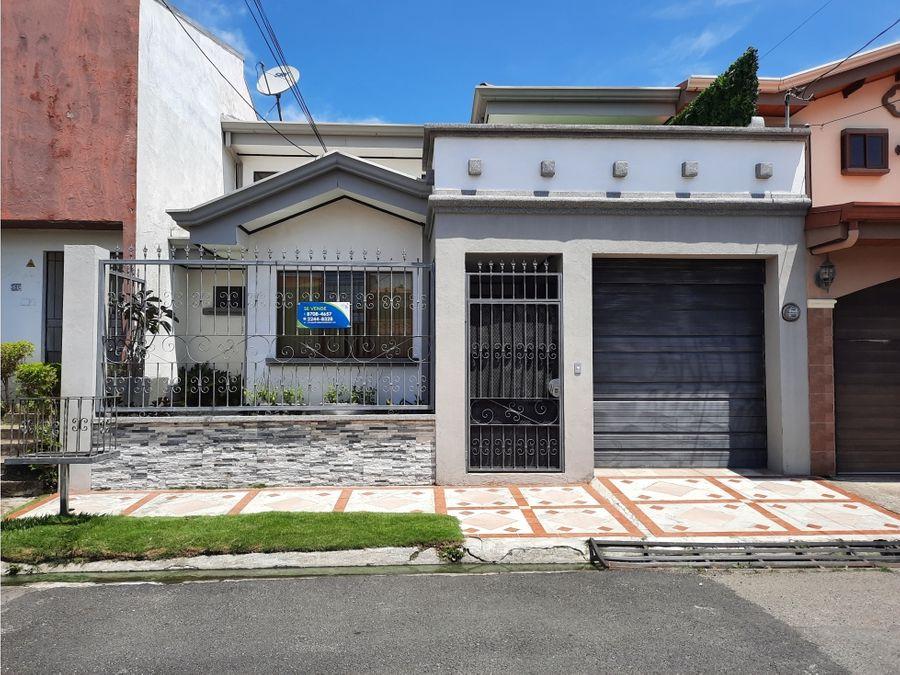 venta de casa en residencial en santo domingo de heredia
